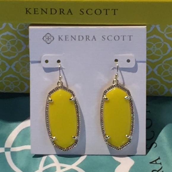 ca88e3cd92d61 Kendra Scott RARE Elle Earrings in Yellow & Gold Boutique